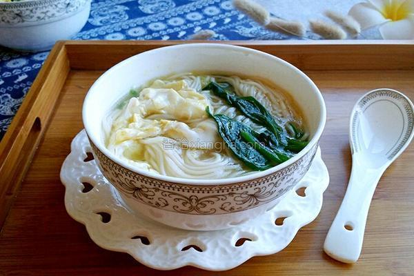 菠菜汤的做法,菠菜汤面条