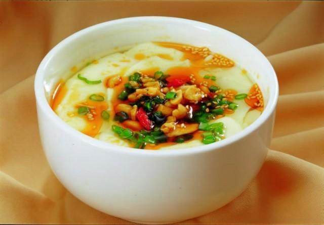 豆粕的吃法,热腾腾、滑嫩嫩、咸甜鲜香、老少皆宜、吃过就再也忘不了!