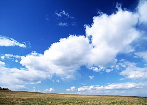 羊的句子,形容蓝天白云很美句子 面对蓝天白云心情舒畅