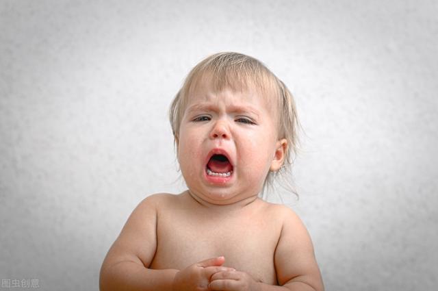 婴儿的笑,婴儿也有情绪吗?殊不知一笑一嗔,都是多么的天真无邪