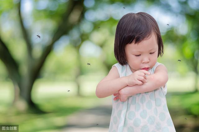 婴儿被蚊子咬了怎么办,宝宝被蚊子咬了,这种家庭做法不花钱,还靠谱!赶紧学起来