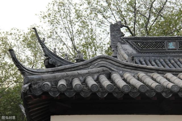 慕蓉的诗,纳兰容若最有故事的一首诗,一共八句却包含了十六个爱情典故