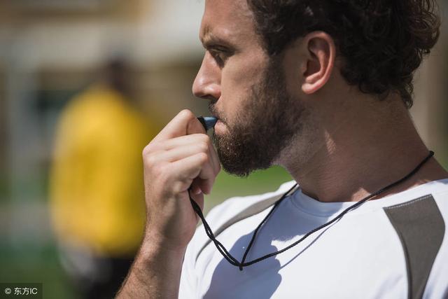 吹口哨技巧,户外哨子的使用技巧,学会了关键时刻能救命