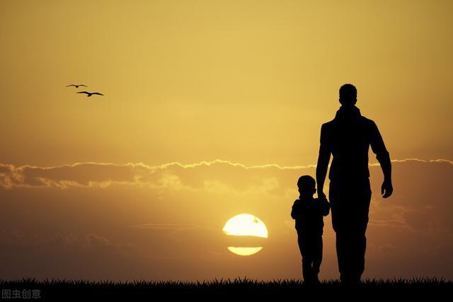 歌颂老师的诗,父亲节献礼:八首写给父亲的诗,每一首都感人至深,送给你的父亲