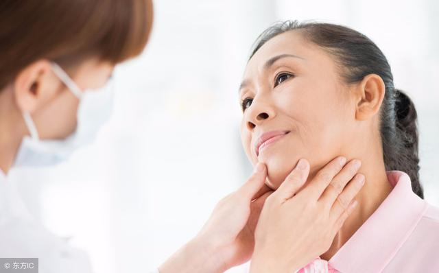 """甲亢的症状有哪些,患上甲亢后会出现哪些症状?这5个""""警报""""一响,就得上医院了"""