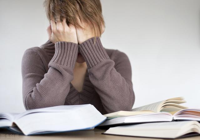 抑郁症有哪些表现,怀疑是抑郁症,早期有这7个表现,及时发现,别延误治疗