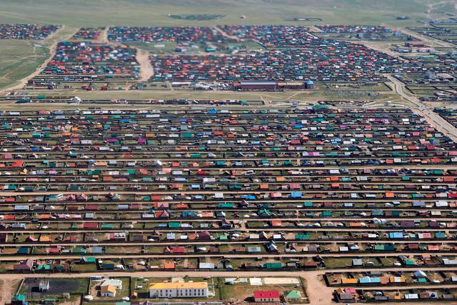 中国人均GDP4000美金是在2010年底完成的