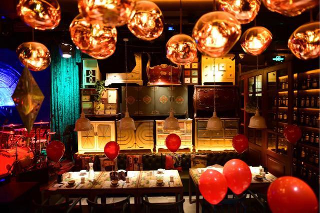 """音乐美食,当音乐邂逅美食,这家高逼格的音乐餐厅才是吃货们的""""乌托邦"""""""