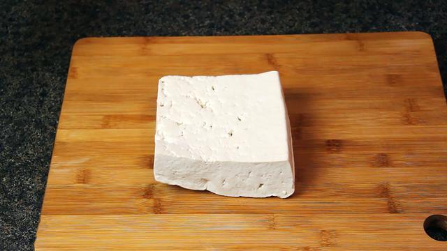 熊掌豆腐的做法,熊掌豆腐的家常做法,好吃又下饭,吃了30年都不腻