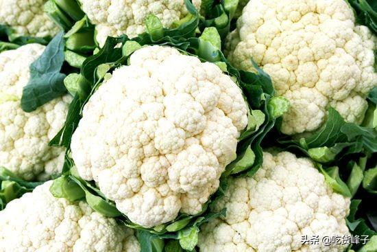 花椰菜图片,爱吃花菜的人要留意了,花菜居然分白花菜和青花菜,买错差别大