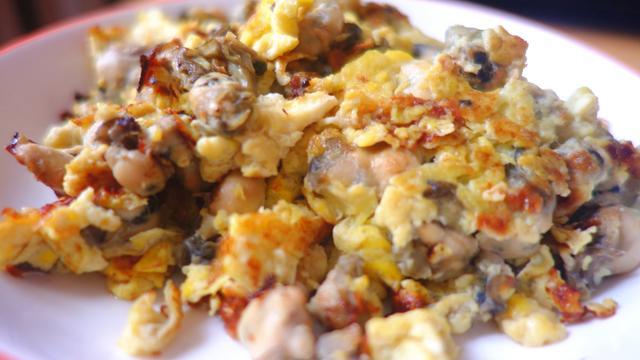 牡蛎的做法,牡蛎这样做又嫩又滑,呲溜一口吸进嘴中,太香了,特别下饭