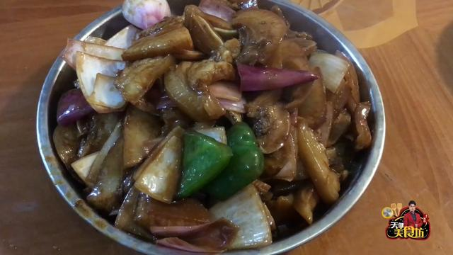 猪头的做法,爱吃猪头肉的一定要收,教你做美味下饭的农家猪头肉,好吃极了