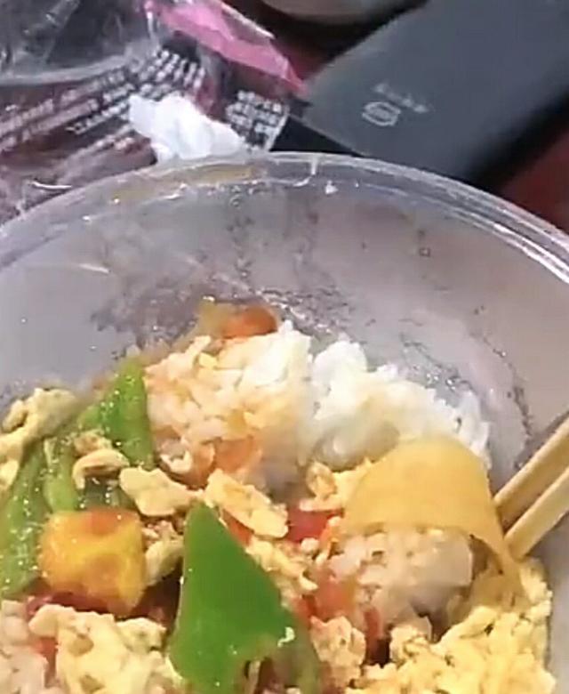 山西餐馆停业送快餐,只为救灾一线工作人员,群众吃上热饭 全球新闻风头榜 第6张