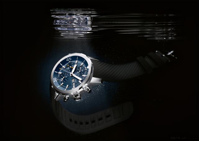 蓝色寓意,探索腕表里的一抹纯净的蓝色风情