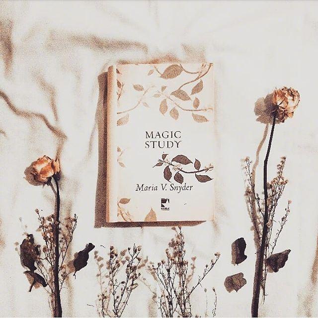 晒自己照片的句子,晒自己照片的句子:长得漂亮是你们的优势,活得漂亮是我的本事。