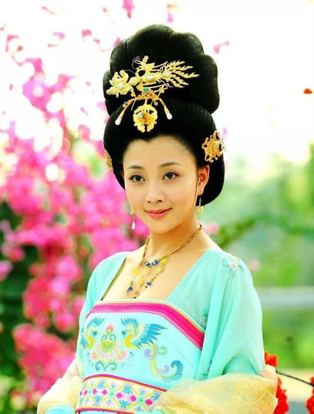 杨玉环的诗,杨贵妃唯一传世的一首诗,句句温柔,你一定没有读过