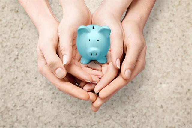 养老金上调最新消息,退休人员有福了,2021年养老金迎来17连涨,还有三个好消息