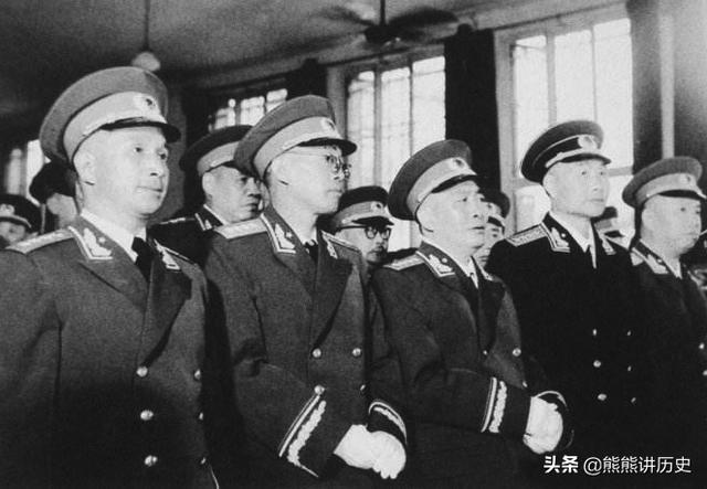 陈的名人,十位大将,有三位是黄埔毕业生,而立功较多的大将却是自学成才