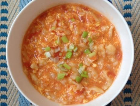 疙瘩汤疙瘩的做法,奶奶做疙瘩汤有技巧,不用一滴水,疙瘩均匀细小不成坨,很实用