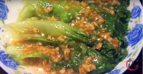 生菜的吃法,生菜百吃不厌的做法,2分钟学会,不爱吃青菜的人都能吃一盘