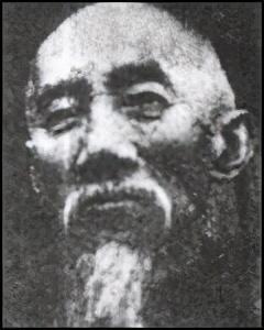姓孔的名人,中国近代政治人物孔庚