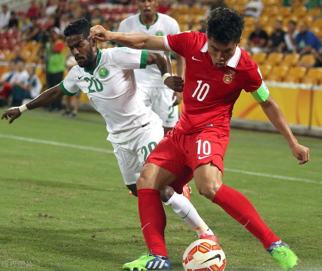 国足VS沙特一触即发,名记带回两个不利消息,范志毅也说国足悬了 全球新闻风头榜 第1张