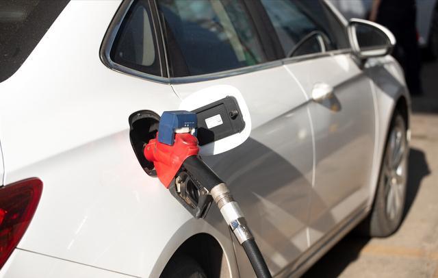 最新油价调整最新消息,油价调整信息:3月25日,看看今天的油价有什么变化