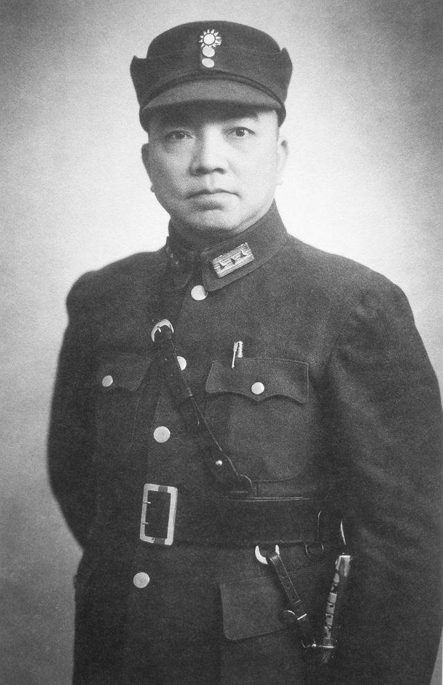 陈诚简介,父子皆副国级领导人,父亲是军界强人,儿子在家中不幸被歹徒杀害