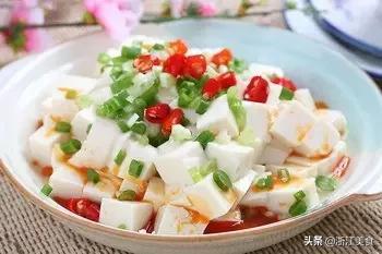 小葱拌豆腐的做法,小葱拌豆腐的5种做法,收藏起来慢慢学