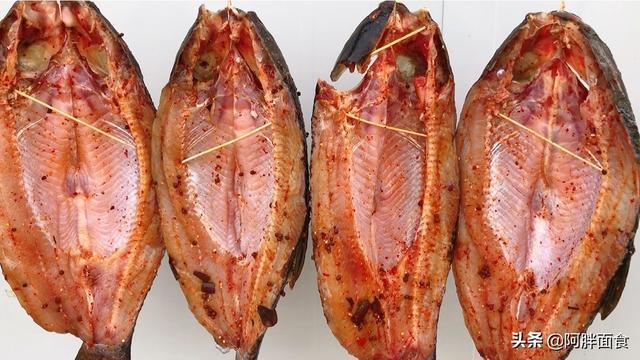腊鱼怎么做,腊鱼的详细做法,从选鱼到腌鱼再到风干,老方法教会你,腊味很足