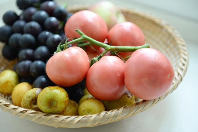 人参果的吃法,壹健康:人参果怎么吃要去籽吗 人参果的正确吃法