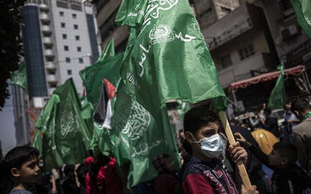 一枚火箭弹从巴勒斯坦加沙地带射向以色列 以军进行报复性打击 全球新闻风头榜 第1张