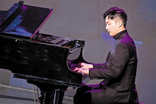 """钢琴成绩查询,广东流行钢琴派出""""成绩单"""""""