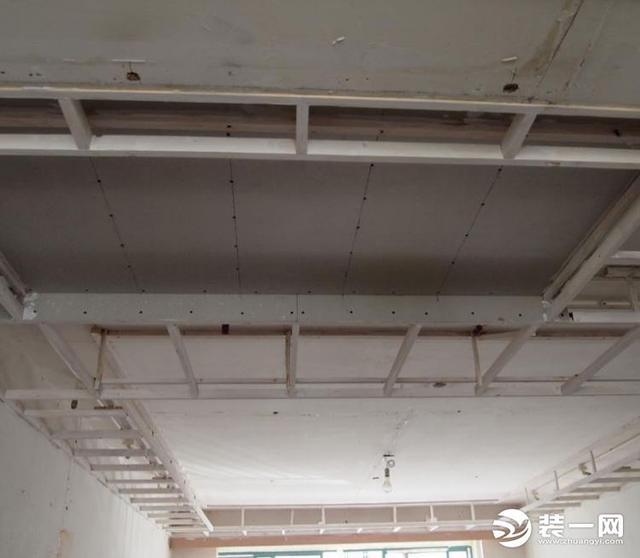 吊顶怎么做,吊顶施工工艺流程分享 选好装修材料才是王道