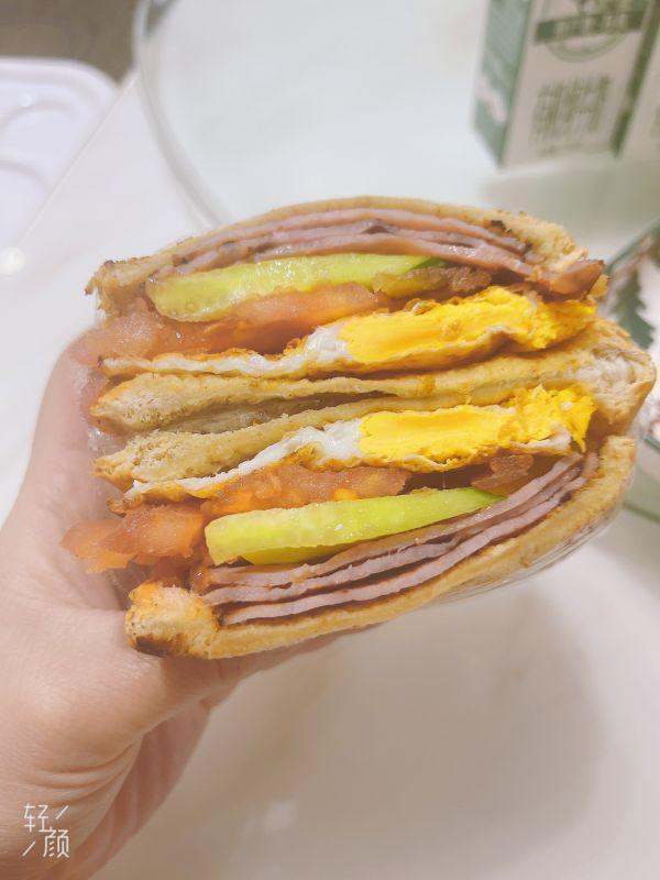 三明治的做法,职场妈妈快手晚餐——三明治这样做,口感味道一级棒