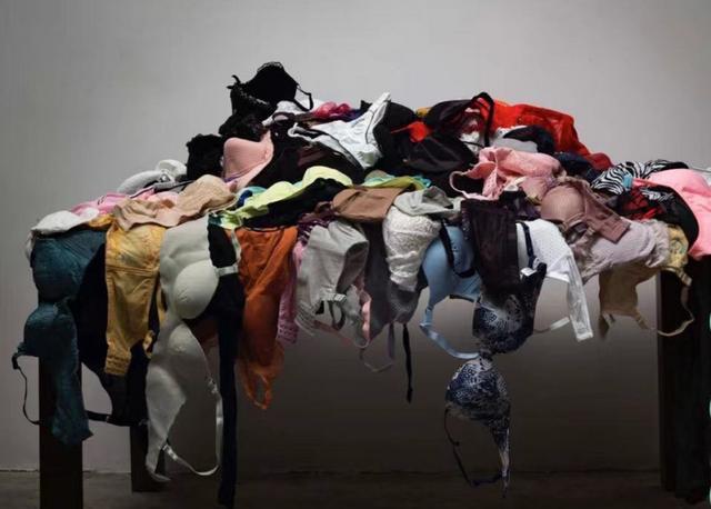 """北京市警情通报造型艺术比赛现""""盗窃女士内衣""""事情:内衣为自主"""