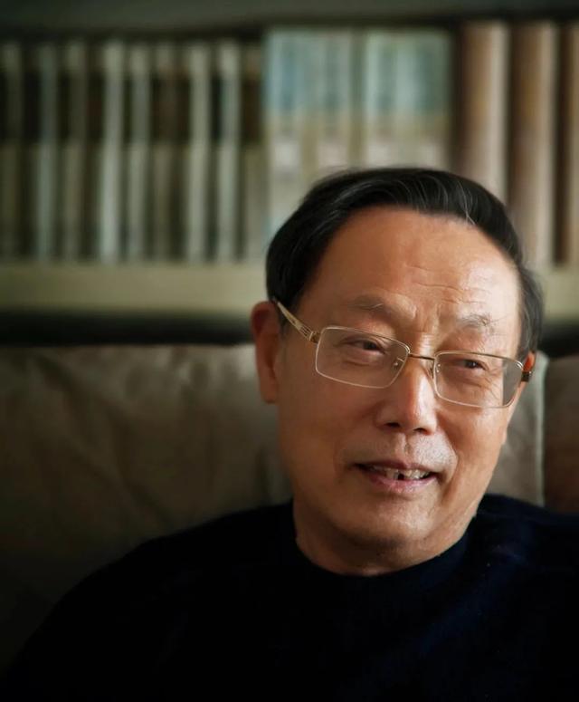 名人的书籍,新书丨《永不消逝的身影》,叙写民族心灵背后的中国故事