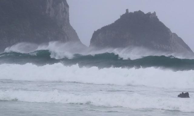 """迎战""""灿都"""" 结界发威!台风或放弃登陆魔都,直扑济州岛 全球新闻风头榜 第3张"""