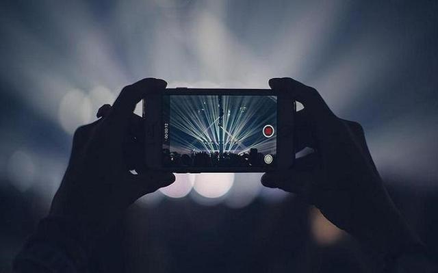 每个短视频app弥漫着很多偷拍视频