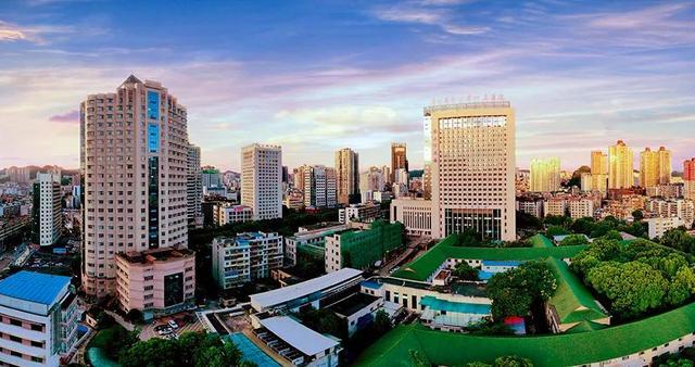 贵阳医学院试管婴儿,贵州医科大学附属医院招678人