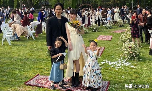 iu你的意义,韩国宝藏乐队成员和初恋举办婚礼,IU、吴赫为其唱祝歌超应景