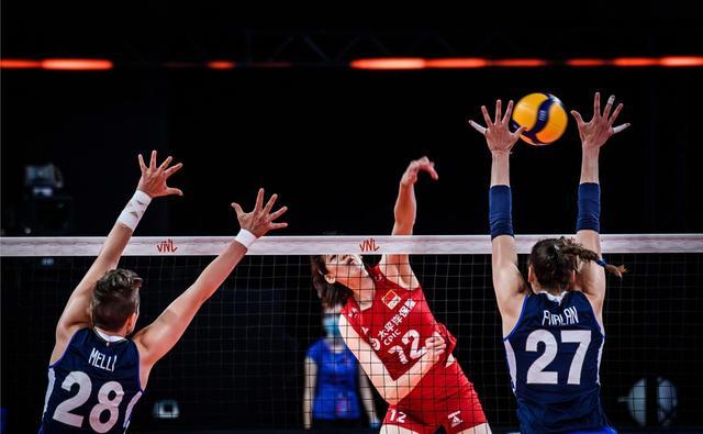 中国女排4连胜又有大收获,郎平喜获197cm王牌,奥运争金三箭齐发