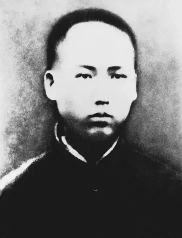 关于毛泽东的诗,毛泽东一生全部诗词集锦,值得收藏