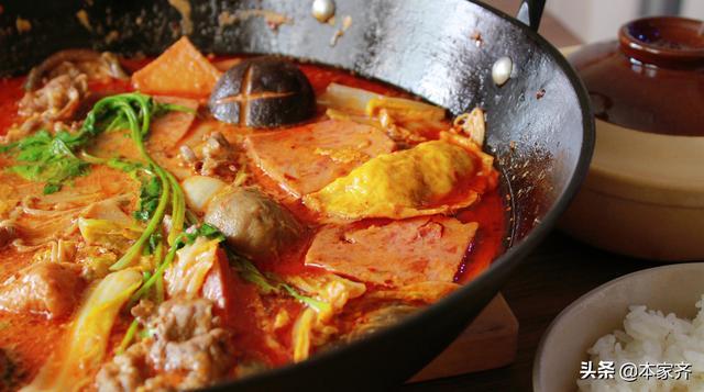 麻辣烫的做法,不需要太多厨艺,就能在家吃到最爽的牛奶麻辣烫,连汤都喝掉了