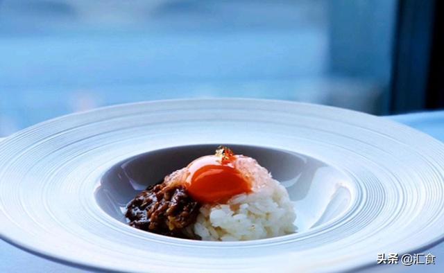官燕的吃法,官燕无菌蛋黄卤肉饭、茄汁鸡翅中、天使之铃
