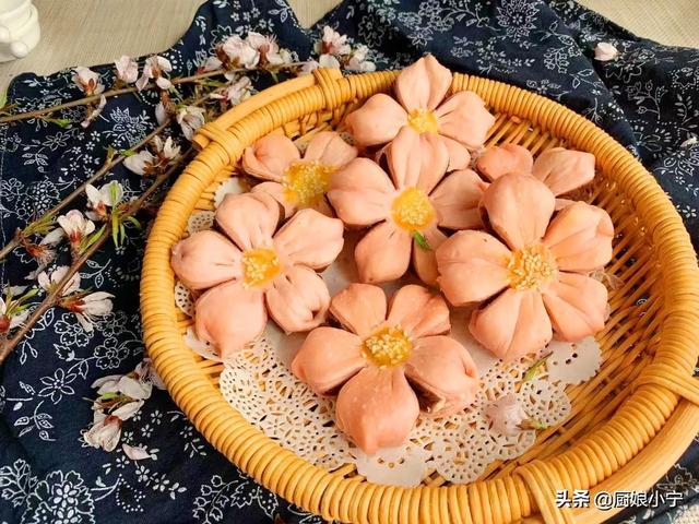 酥的做法,过年点心自己做,宫廷糕点:桃花酥,一次成功,比稻香村好吃
