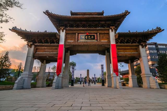 """明珠简介,洛阳127亿""""赝品"""",占地1360亩门票免费,被称河南明珠"""