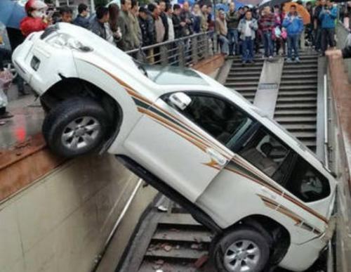西部歌王高保利因车祸去世 车祸猛于虎也!