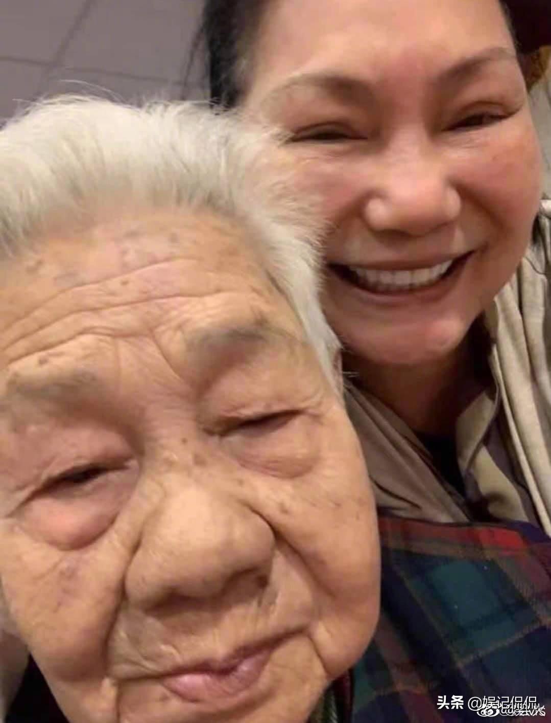 小S外婆去世泣别92岁外婆 遗憾没能见到最后一面!