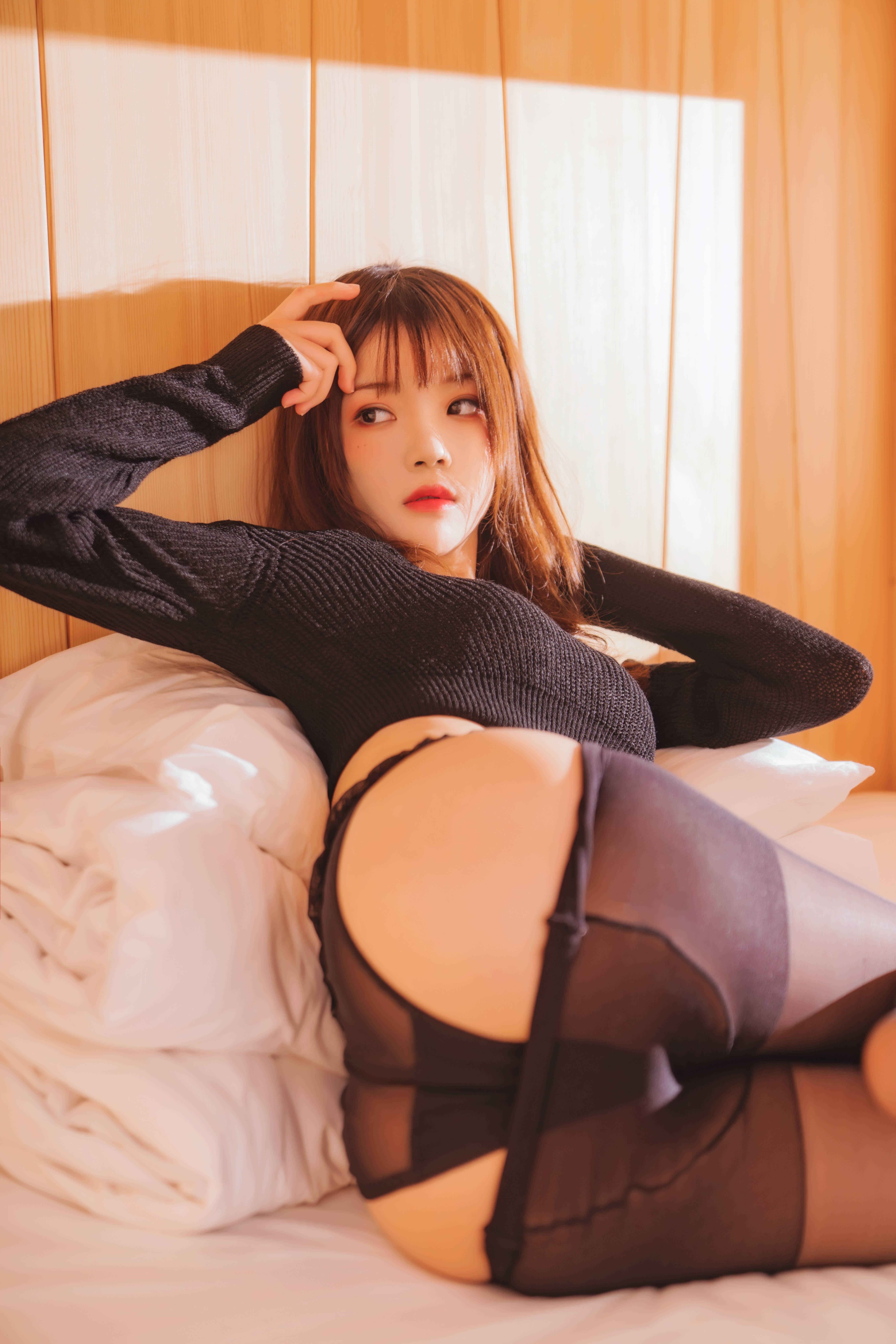 桜桃喵 - 小黑 (魅从何处生?是不是就喜欢她这个基调呢?哈哈)